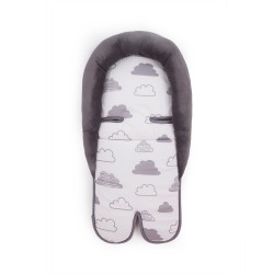 Kikkaboo Мемори подложка за стол за кола Clouds