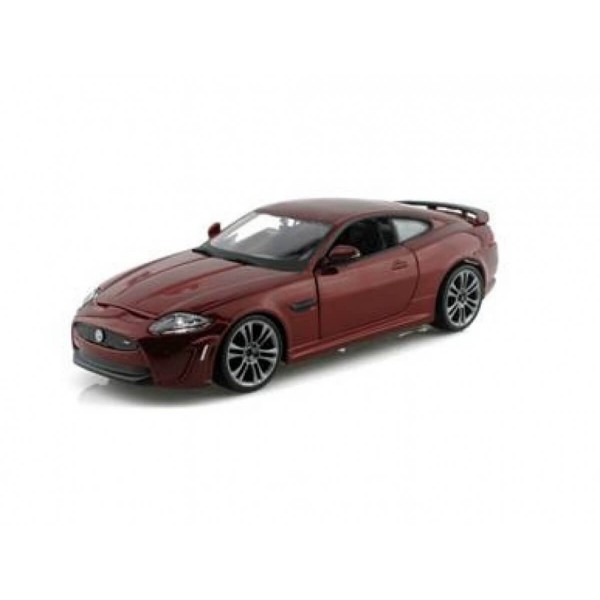 Стар колекция Jaguar XKR-S