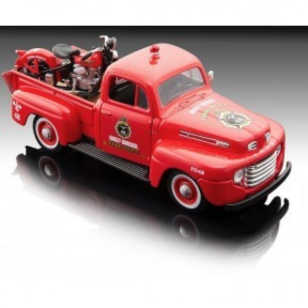 MAISTO Пикап Ford с мотор